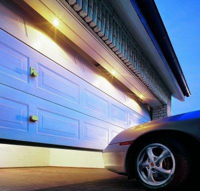 Dor Rely Steel Garage Door